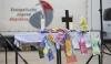 Taufstola und Bügeleisen: Die Gegenstände auf dem Altar erinnern ans KonfiCamp
